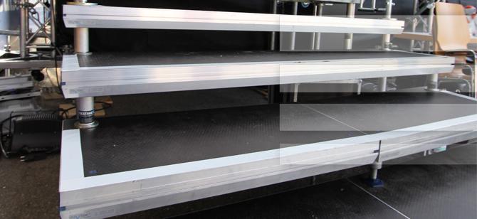 fr treppe berechnen cool with fr treppe berechnen excellent treppauf treppab auf neuen stufen. Black Bedroom Furniture Sets. Home Design Ideas